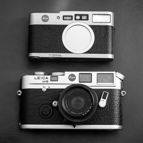 And here compared to the Leica M6. Mind you, the new Leica M typ 240 is even larger.