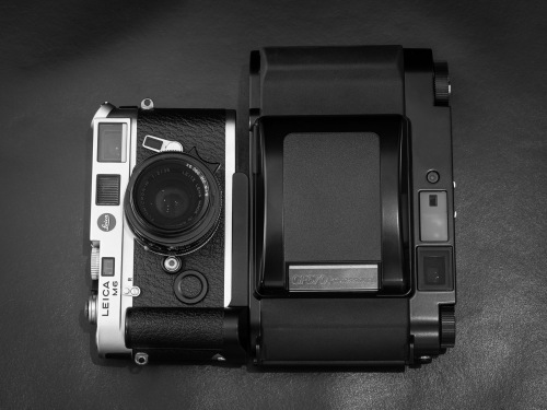 Deadcameras review Fuji Fujifilm GF670-15