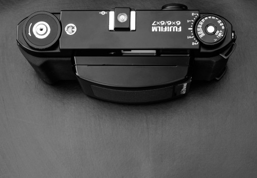 Deadcameras review Fuji Fujifilm GF670-4